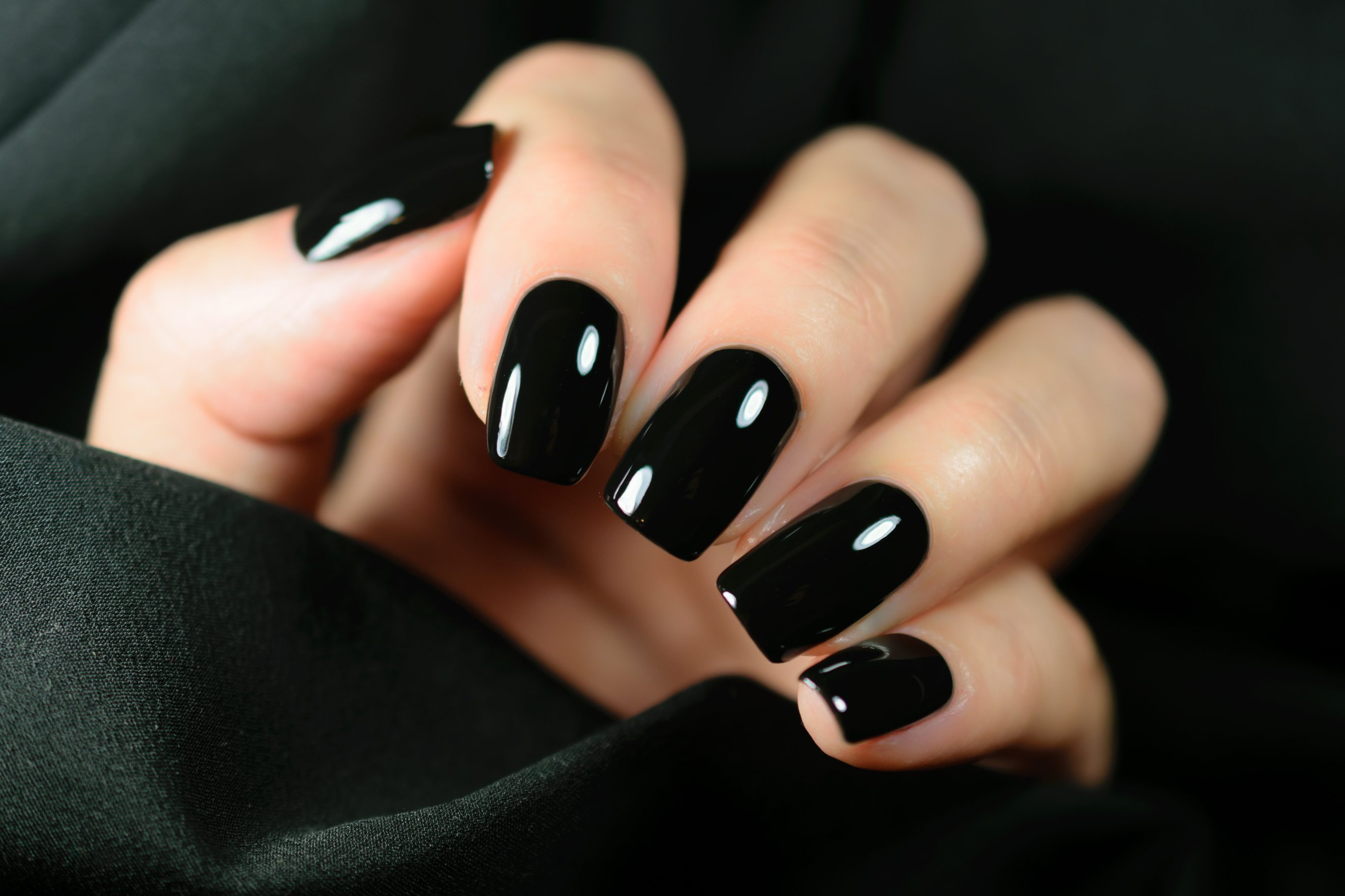 vampish nails