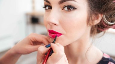What is Public Liability Insurance for Make-Up Artists?