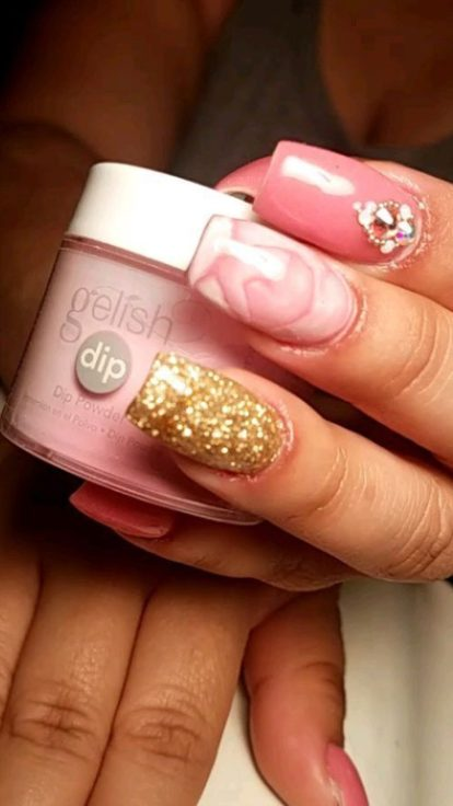 dip powder nails
