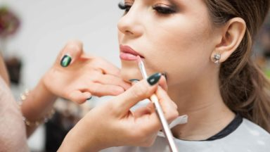 Our Guide On How To Become A Make-Up Artist & How Much You Can Earn