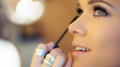 Do you need a License to be a Freelance Make-Up Artist in the UK?