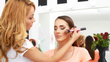 Make-Up Insurance For Make-Up Artists: Explained