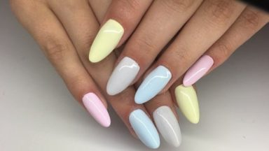 Mismatched Nails: Because Uniformity Is Out In The World Of Nails