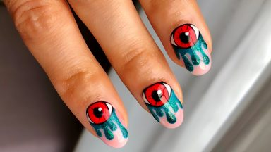 GELLUX 'Evil Eyes' Nails